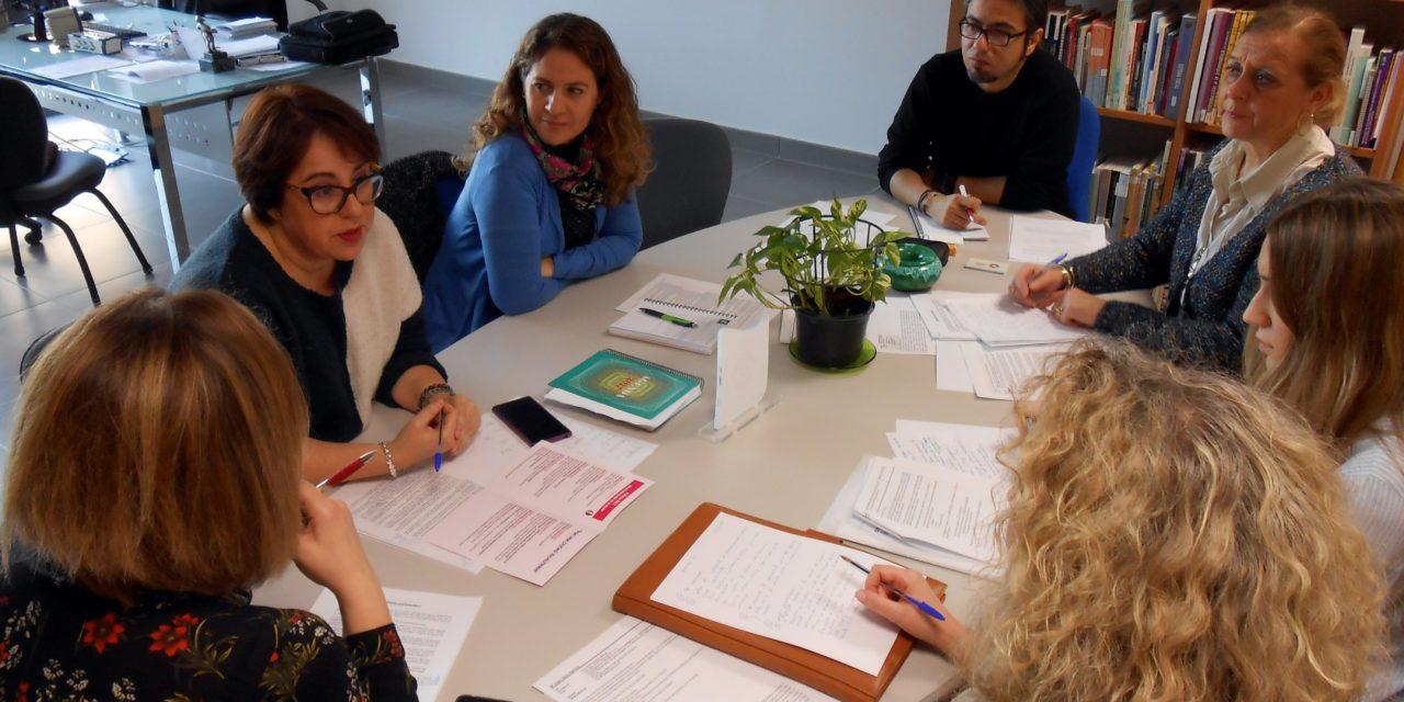 La Mesa del Comercio conoce las actividades de promoción del sector para este año