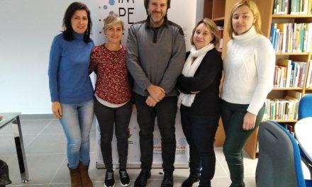 El IMPEFE se reúne con la Asociación de Fibromialgia de Ciudad Real (FibroReal) para informarles sobre empleo y formación