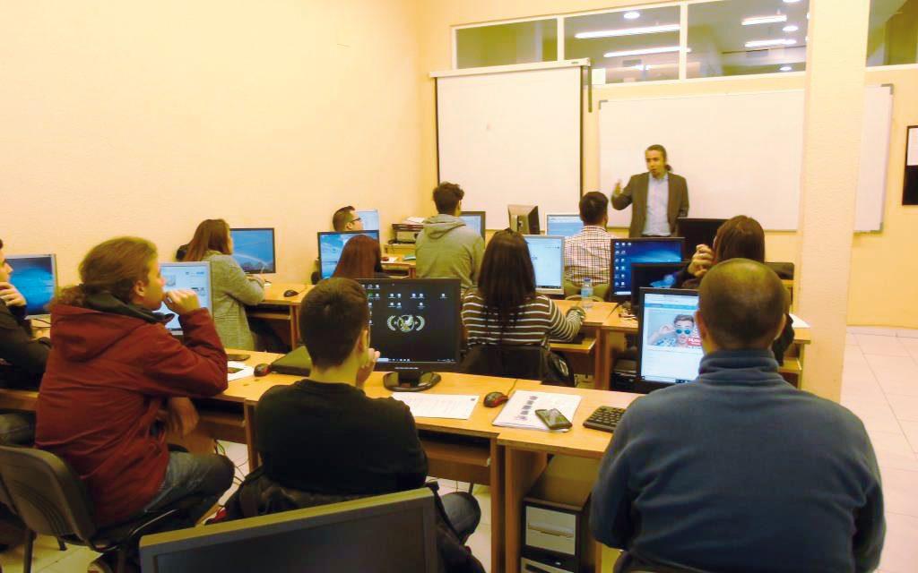 """Clausurado el curso de """"Diseño Web"""" del Proyecto #ORIENTA2"""
