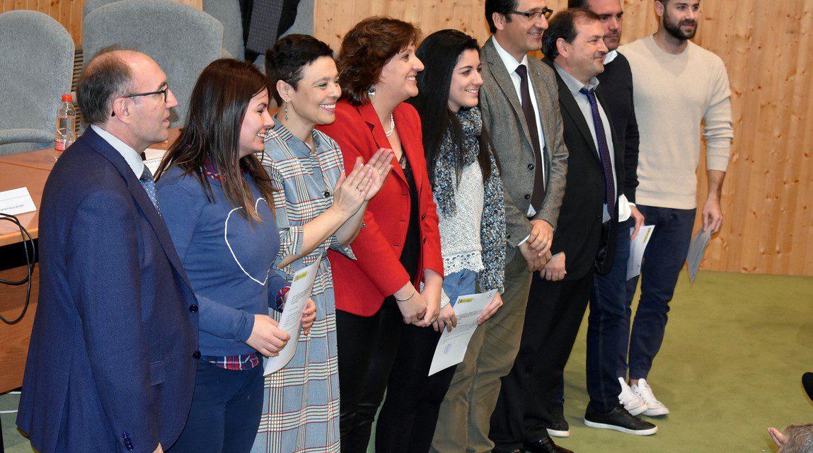 La alcaldesa agradece el trabajo de formación que realiza el Centro de Referencia Nacional de Vinos y Aceites