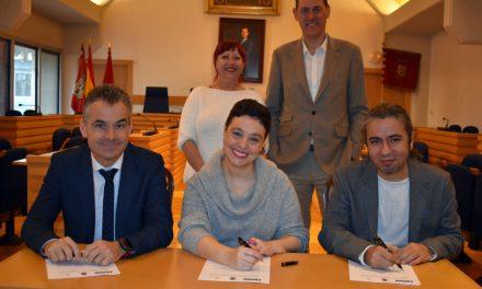 El Ayuntamiento de Ciudad Real y AQUONA firman un convenio para que personas vulnerables realicen prácticas no laborales
